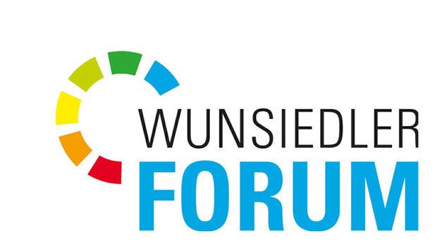 Das bunte Logo des Wunsiedler Forums auf weißem Hintergrund